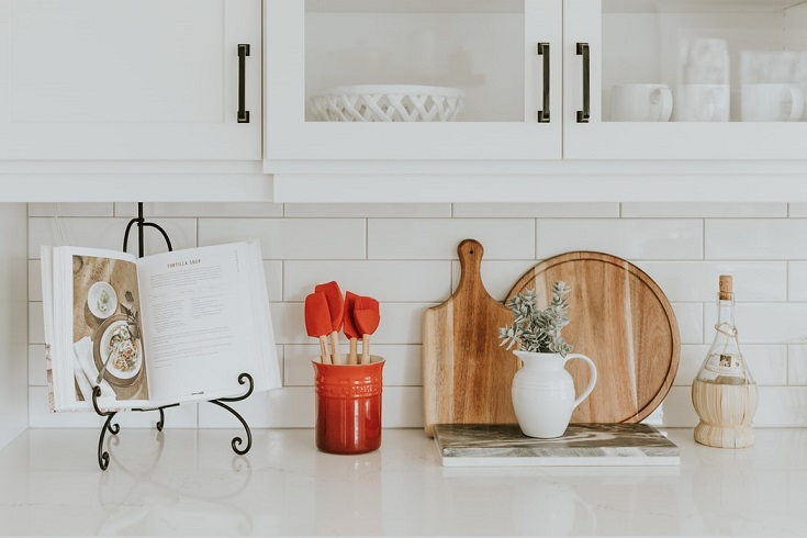 What is the best chalk paint for kitchen cabinets